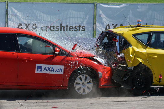 crash-test-collision-60-km-h-distraction-163016.jpg